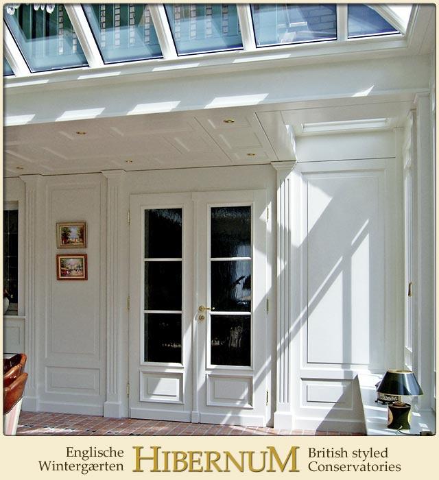 der bergang zum wohnhaus im englischen wintergarten. Black Bedroom Furniture Sets. Home Design Ideas