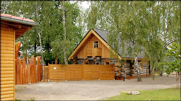 satama saunapark im ferienpark scharm tzelsee russische banja blockhaus sauna. Black Bedroom Furniture Sets. Home Design Ideas